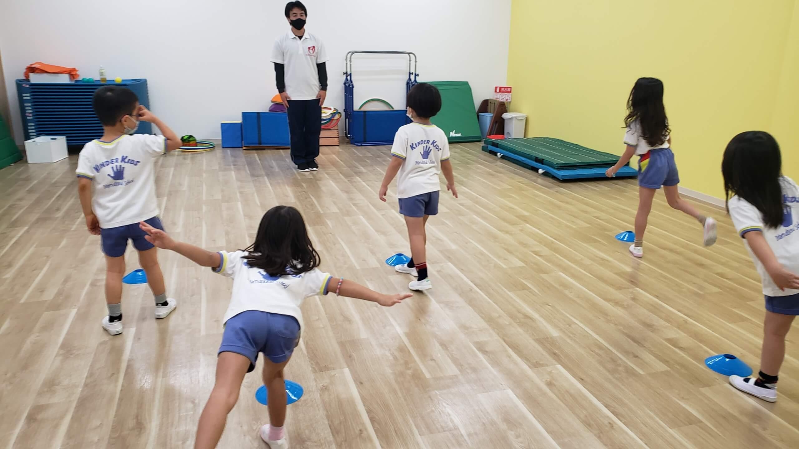 【正課体育指導】キンダーキッズインターナショナルスクール